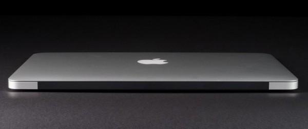 macbook-air-2013-review-back-closed-800x600